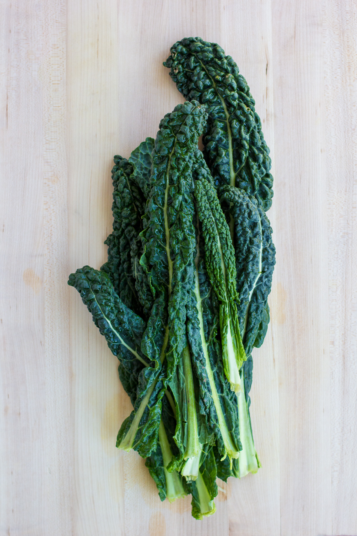 massaged kale, why you should massage kale, make kale less bitter, cooking tricks, wandeleur