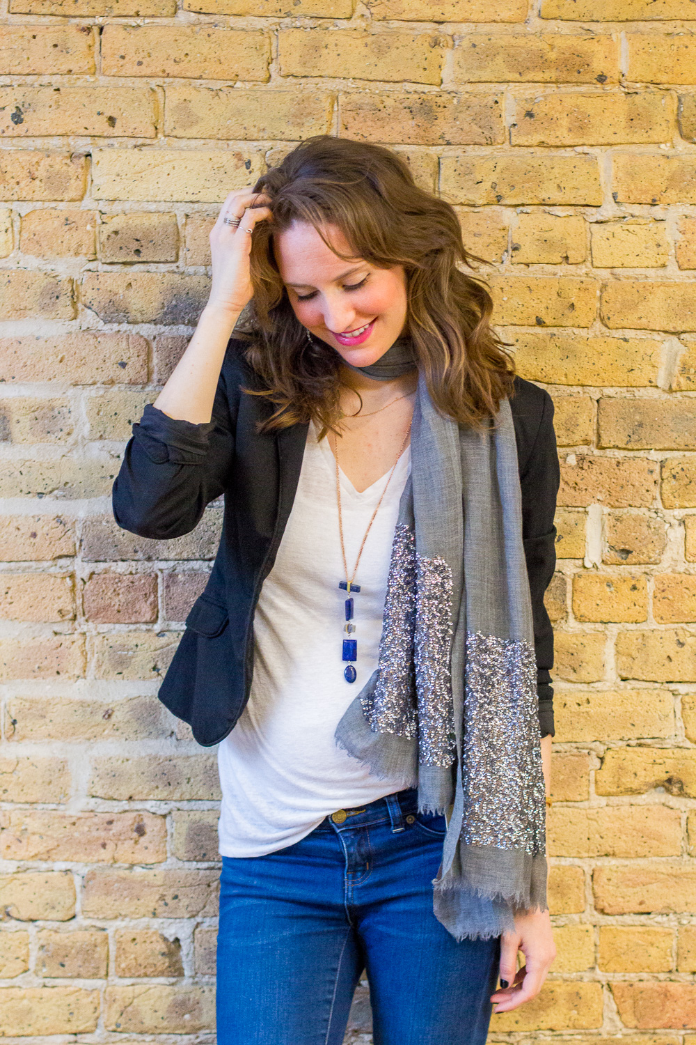 how to wear a scarf this spring, 5 ways to wear a scarf, spring style, wandeleur, spring trends