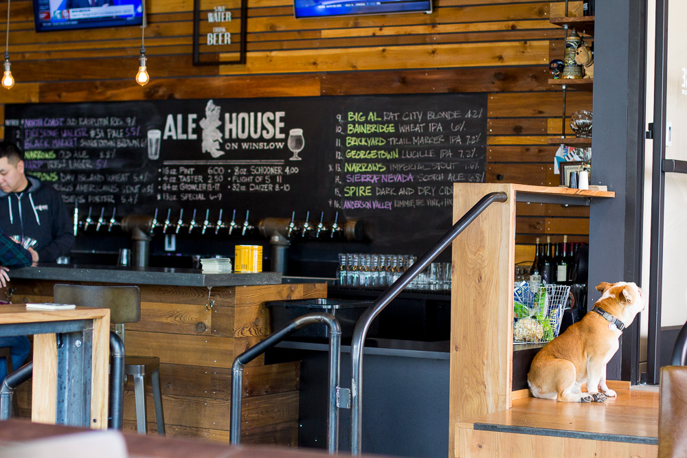 what to do in seattle, trip to seattle,  wandeleur, things to do in seattle, atlas ale house, bainbridge island