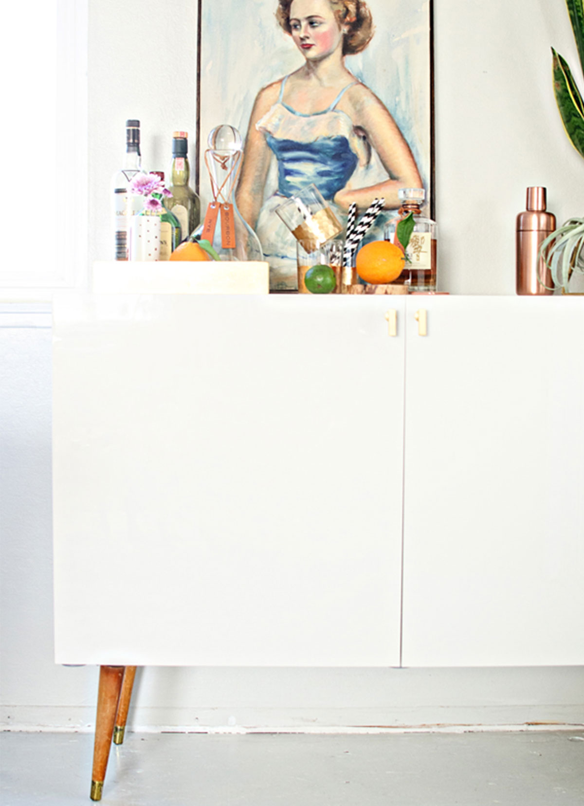 Best-Ikea-Hacks_How-to-make-your-own-bar-cart