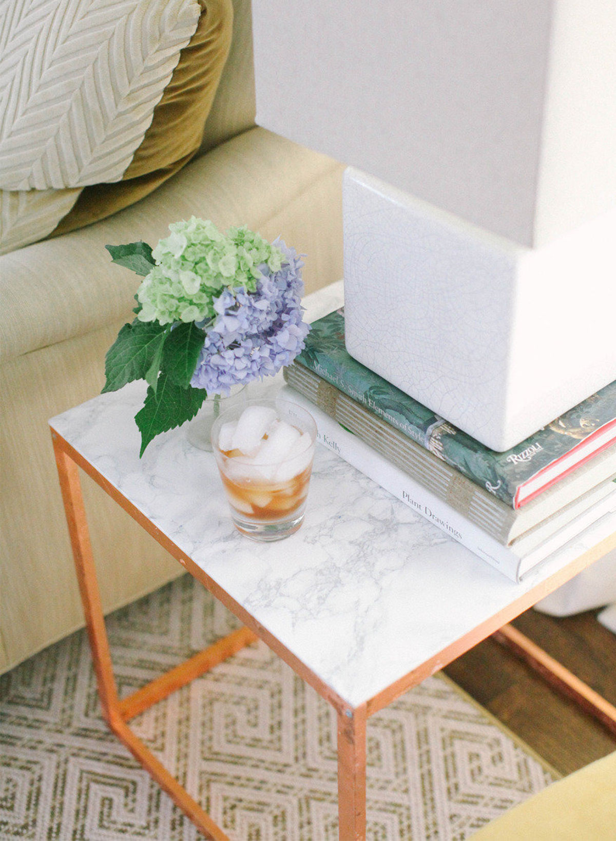 Best-Ikea-Hacks_Side-marble-table-for-less