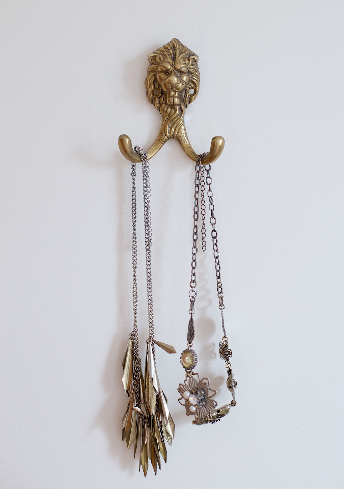 coat hook jewelry holder