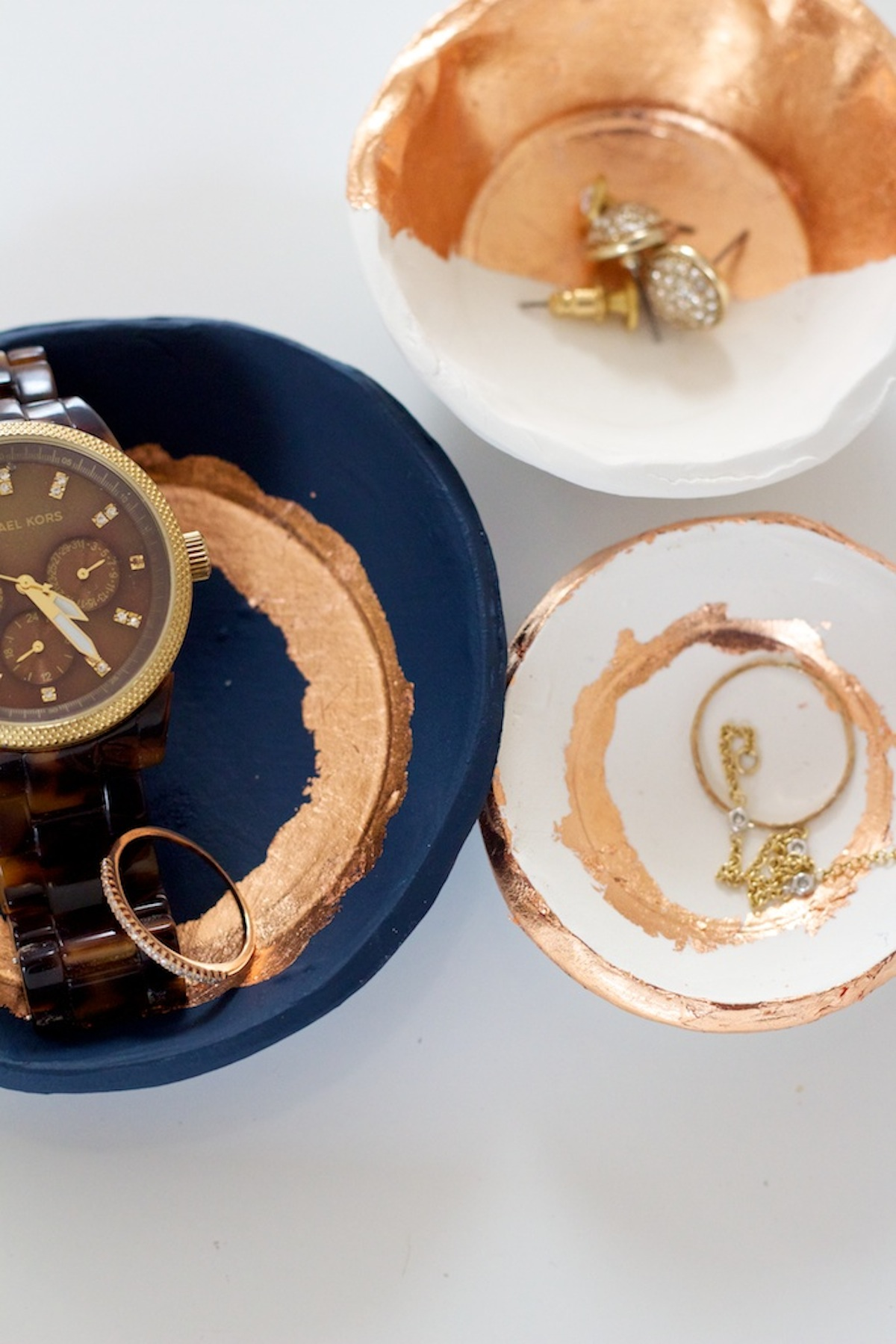 diy-gold-leaf-jewelry-dishes