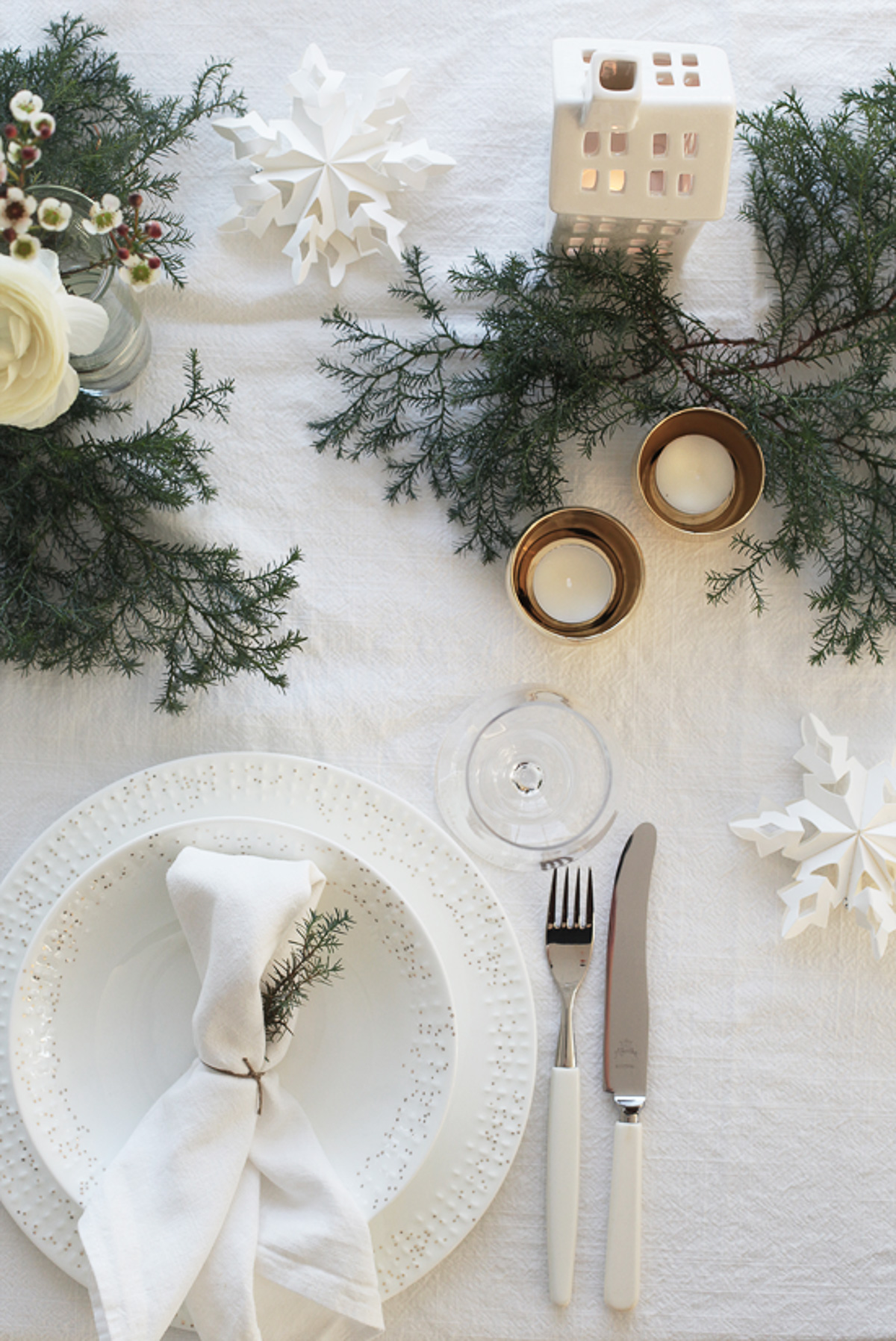 Holiday Table Setting Ideas_Creative Ways To Decorate The Table-11