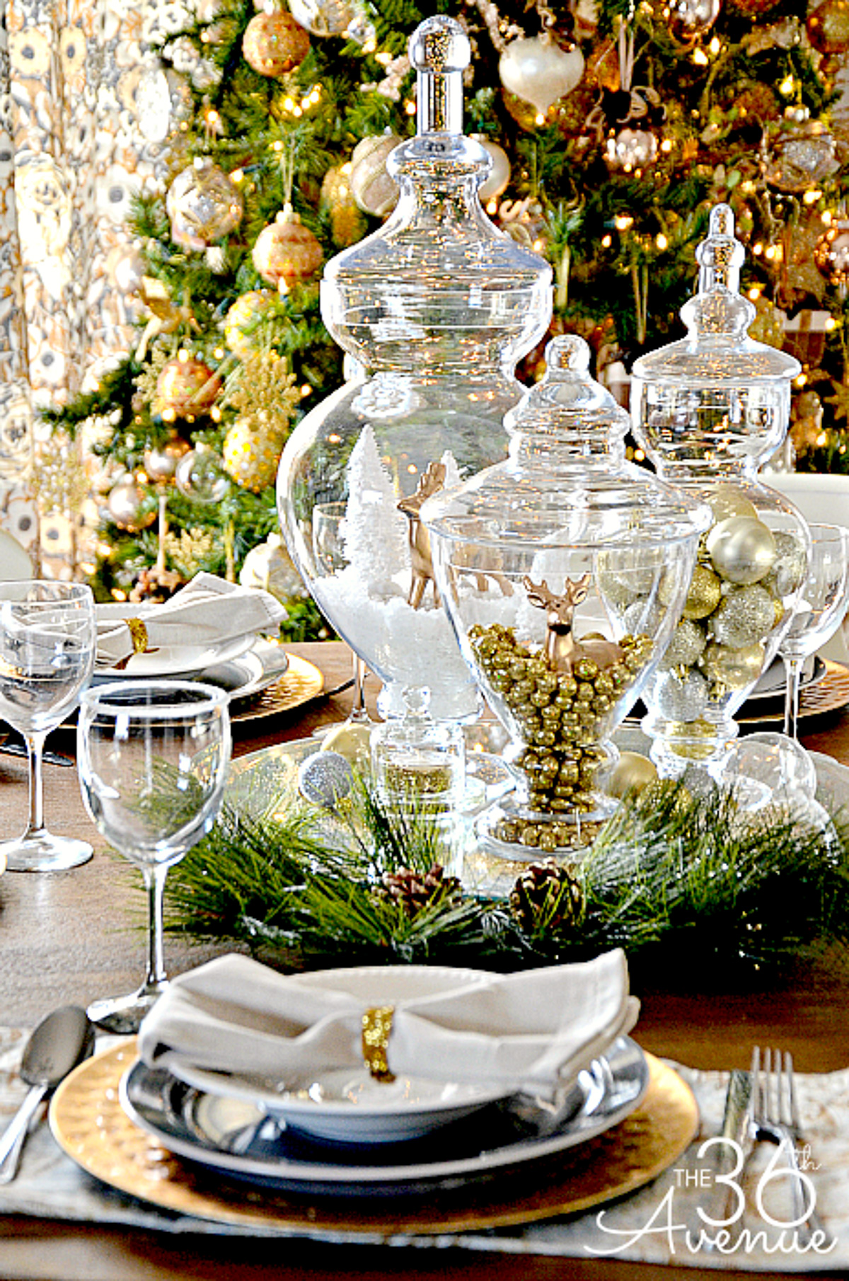 transform your tablescape with these 20 festive settings page 2 of 2 wandeleur. Black Bedroom Furniture Sets. Home Design Ideas