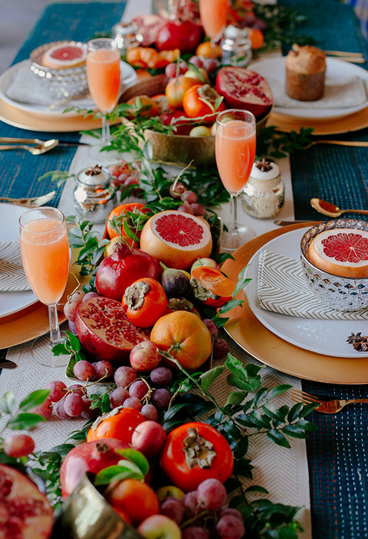 Holiday Table Setting Ideas_Creative Ways To Decorate The Table-23