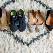 4 Pairs of Shoes to Pack When Traveling